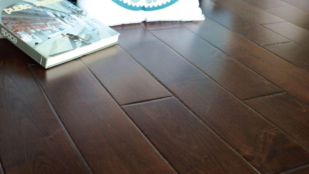 The UV Cured Roma Hardwood