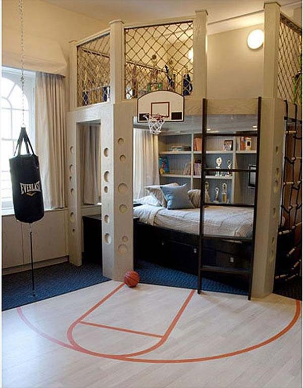kid room with hardwood and carpet
